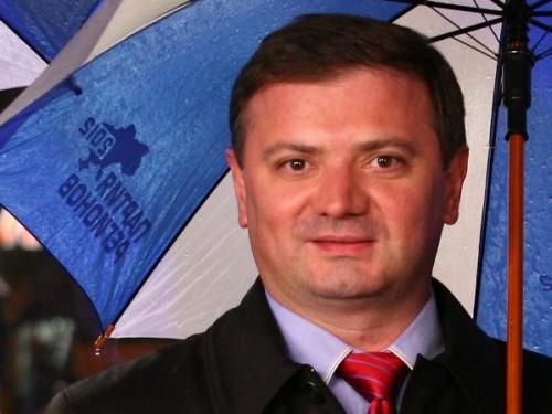 Экс-регионал Владимир Ландик рассказал как экс-регионал, сепаратист Владимир Медяник надурил Парубия и Наливайченко. Видео